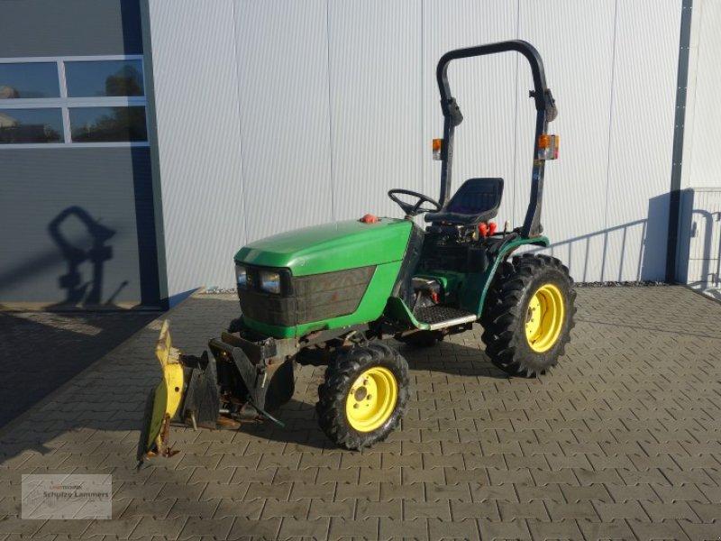john deere 4100 lv mit schneeschild komunalni traktor. Black Bedroom Furniture Sets. Home Design Ideas